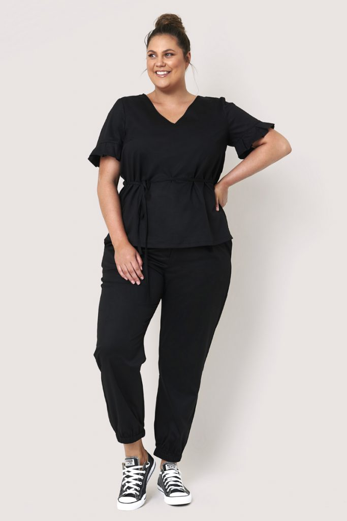 Sass short sleeve pleated top - Curve model
